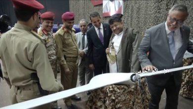 Photo of الحوثيون يعلنون استهداف قاعدة الملك خالد الجوية السعودية بطائرات بدون طيار