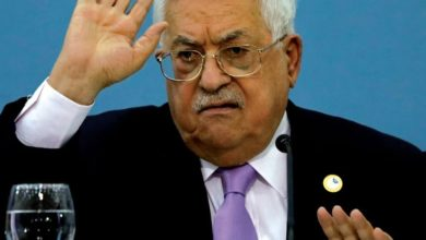Photo of رئيس السلطة الفلسطينية عباس: يجب أن ندخل القدس – مناضلين بالملايين !