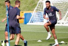 """نيمار: المدير الرياضي لفريق باريس سان جيرمان ليوناردو يقول """"لا اتفاق"""" على انتقال نيمار"""