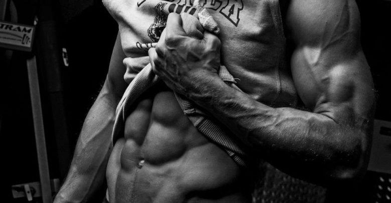 """5 أخطاء شائعة أثناء """"التدريب"""" تمنعك من الحصول على القيمة المطلقة للعضلات"""