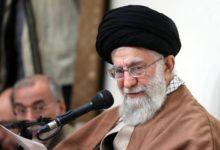 صورة الزعيم الأعلى الإيراني يستبعد إجراء مفاوضات مع الولايات المتحدة
