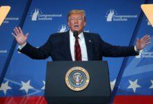 """ترامب: القيادة الإيرانية """"تريد اللقاء"""""""