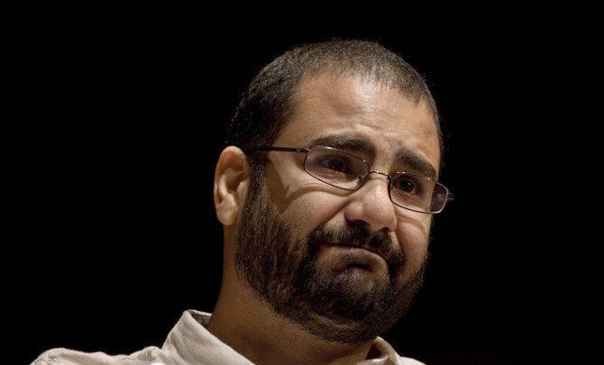 مصر: أسرة عبد الفتاح تقول إن قوات الأمن أعادت اعتقاله