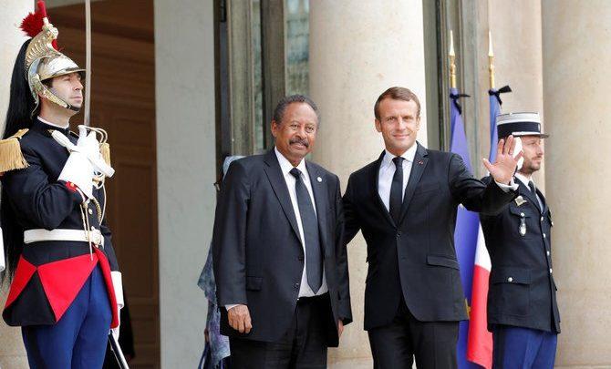 """ماكرون: عبد الله حمدوك يلتقي قائد المتمردين في دارفور في خطوة """"أساسية"""" للسلام"""