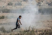 الجيش الاسرائيلي يضرب غزة بعد أن أوقفت الصواريخ تجمع نتنياهو