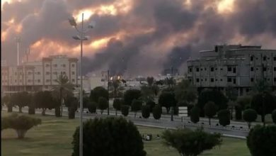 Photo of ترامب يستدعي ولي العهد الأمير محمد بن سلمان بعد أن هاجمت الطائرات بدون طيار مصانع أرامكو السعودية