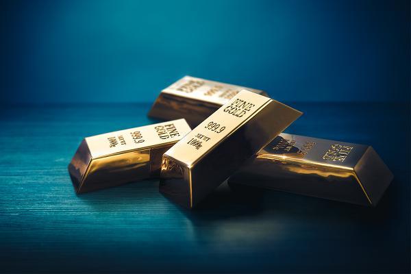 ما الذي يعنيه ارتفاع الذهب بالنسبة للأسعار والأسهم