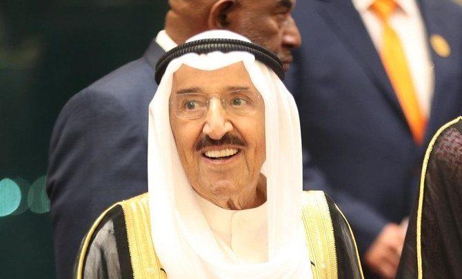 أمير الكويت الشيخ صباح يعود إلى بلاده بعد زيارة للمستشفى الأمريكي