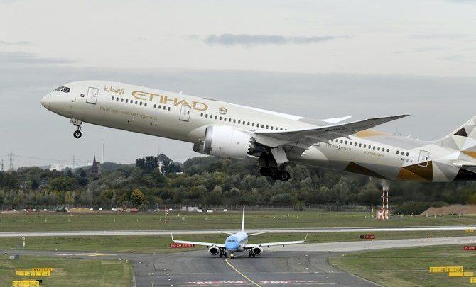 الاتحاد للطيران والعربية للطيران تبدأان تشغيل شركة طيران مقرها أبوظبي