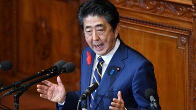 آبي الياباني يتعهد بخطوات الدعم الاقتصادي إذا اشتدت المخاطر