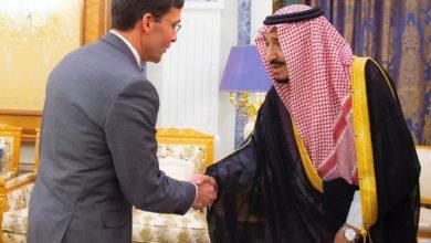 Photo of وزير الدفاع الأمريكي إسبير يلتقي الملك سلمان ويطلب من الناتو حماية المملكة العربية السعودية من إيران