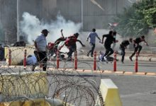 صورة قتيلان مع استئناف الاحتجاجات المناهضة للحكومة في العراق