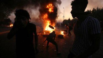 Photo of مقتل 18 شخصًا على الأقل في احتجاجات العراق خلال الليل، والحكومة تصدر وعودًا جديدة