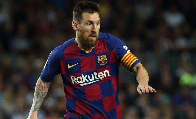 مدرب برشلونة فالفيردي سعيد بمهاجمة بالفوز على إيبار
