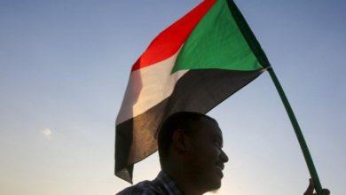 Photo of تظاهر المئات في العاصمة السودانية سعيا لتحقيق العدالة للقتلى