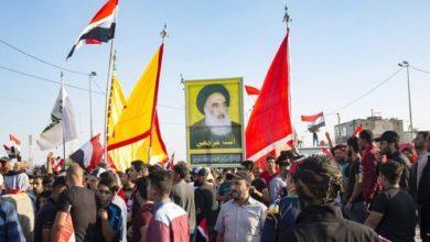 صورة كبير رجال الدين الشيعة في العراق يقول إن قوات الأمن مسؤولة عن الحفاظ على الاحتجاجات سلمية