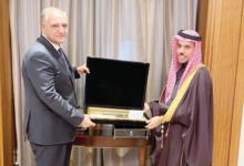 Photo of المبعوث المصري يلتقي وزير الخارجية السعودي