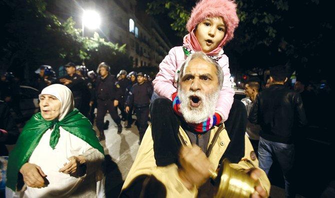 أكثر من 80 محتجزًا في احتجاج الجزائر العاصمة، حسب جماعة حقوقية