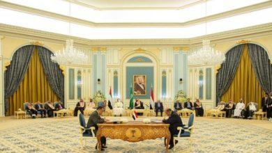 Photo of سلطنة عمان والإمارات العربية المتحدة تشيد بالمملكة العربية السعودية للتوصل إلى اتفاق بين الأطراف اليمنية