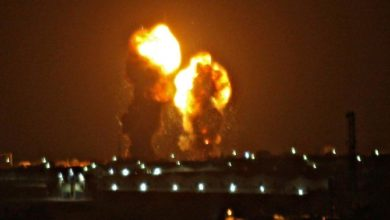 Photo of إسرائيل تضرب أهداف حماس في غزة بعد إطلاق الصواريخ