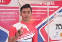 صورة وفاة الدراج الإندونيسي أفريدزا موناندار عن عمر يناهز 20 عامًا في سباق جائزة ماليزيا الكبرى