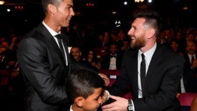 Photo of تيفيز: رونالدو وميسي هما الأفضل في العالم، لكنهما مختلفان