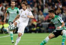 Photo of ريال مدريد يفشل في خطف الصدارة ويتعادل مع بيتيس سلبياً