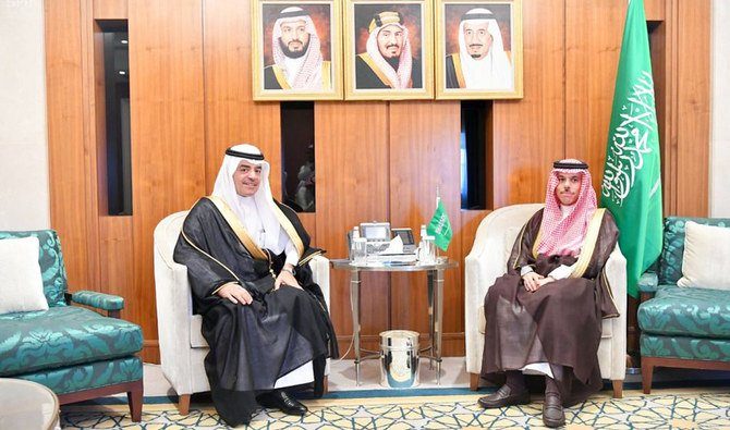 وزير الخارجية السعودي يستقبل رئيس منظمة العلوم الإسلامية
