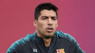 صورة لويس سواريز: سيكون من الأفضل أن يشركني برشلونة في التشكيلة