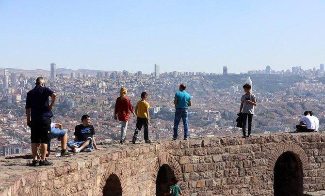 الاقتصاد التركي يعود إلى النمو في الربع الثالث