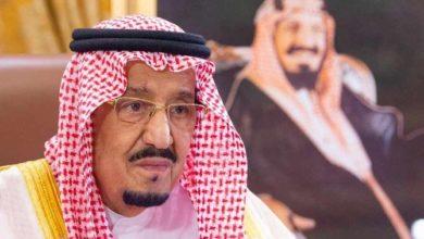 Photo of الملك سلمان يفرض حظر التجول في أنحاء المملكة العربية السعودية لاحتواء COVID-19