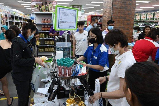 سنغافورة تكشف عن 3.5 مليار دولار من الإنفاق الاقتصادي لمكافحة فيروس كورونا