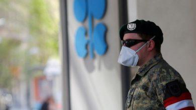 صورة السعودية وروسيا تتوصلان الي اتفاق لخفض إنتاج النفط