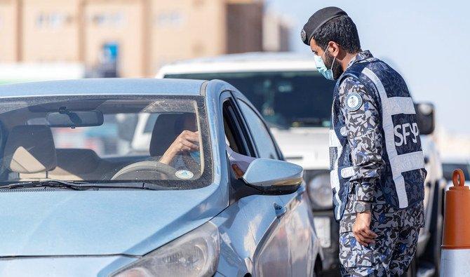 وزير الصحة السعودي يحذر من أن السعودية قد تعود إلى القيود الاحترازية الشديدة