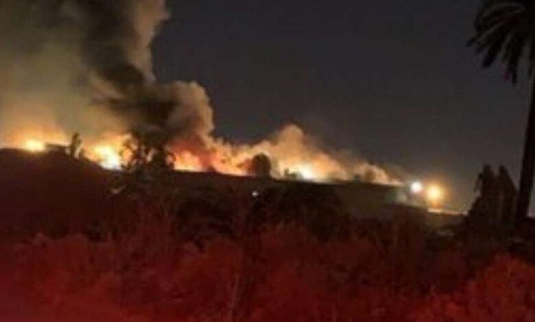 بالفيديو حريق في سوق الاعلاف السعودية والدفاع المدني يسيطر على النيران