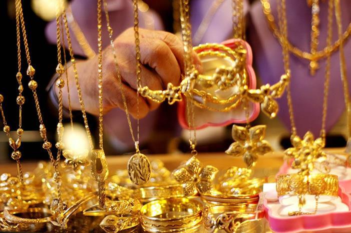 أسعار الذهب اليوم في الأردن مع المصنعية اليوم الأحد 9/8/2020 استقرار سعر جرام الذهب في محلات الصاغة