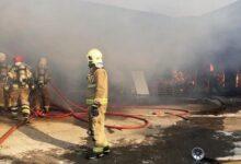 Photo of حريق كبير يندلع في مصنع بالقرب من العاصمة الإيرانية دون وقوع إصابات