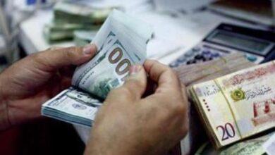 صورة انخفاض سعر الدولار مقابل الدينار الليبي في السودق الموازي بعد الاعن عن فتح النفط
