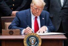 صورة مجلس السيادة السوداني: الرئيس الأمريكي وقع قرار رفع السودان من قائمة الإرهاب